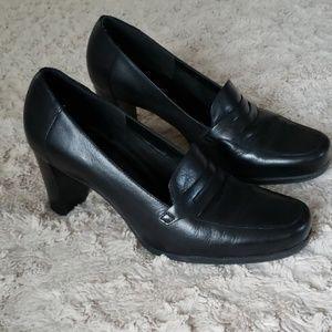 Black Leather heel loafer